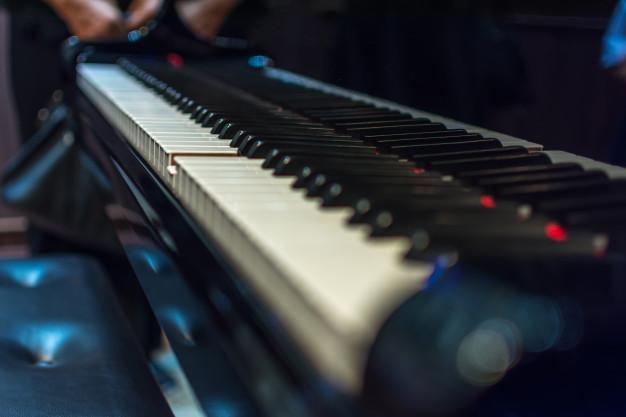 აკუსტიკური თუ ელექტრო პიანინო?